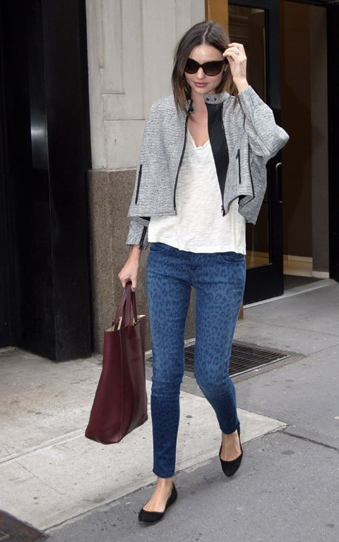 street style: Miranda Kerr, Prints Jeans, Leopards Jeans, Style Inspiration, Street Style, Leopards Prints, Animal Prints, Casual Looks, Cheetahs Prints