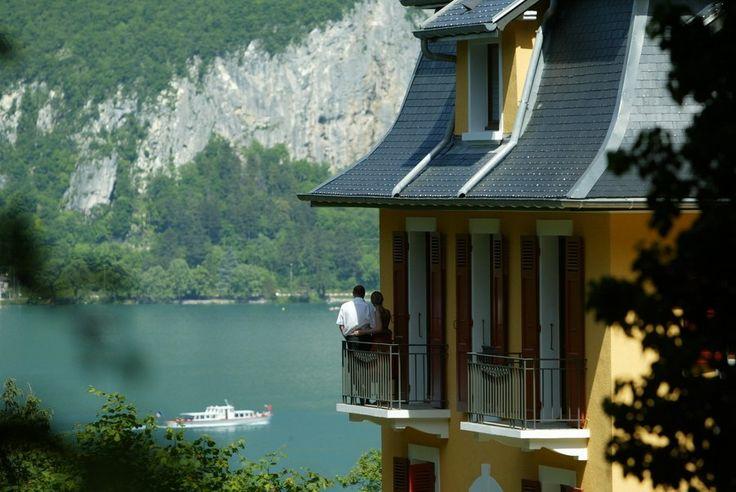 Δωμάτια με Θέα…. Σε λίμνη #checkin #trivago
