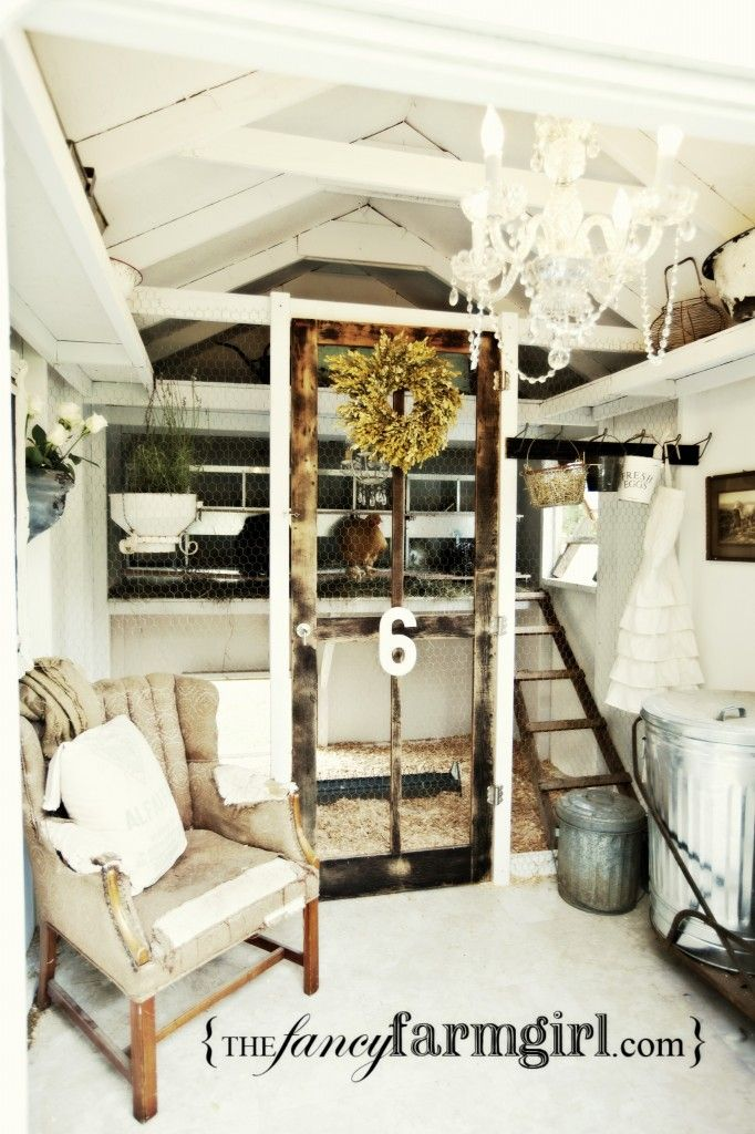 The most dreamy chicken coop on earth! I need (want) one of these.
