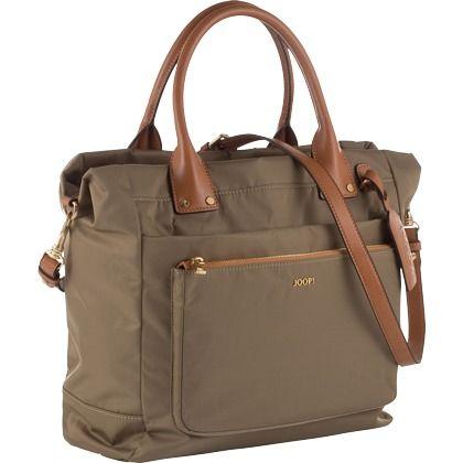 Handtasche mit Schultergurt - Super praktische Handtasche in dunkelgrün mit Schultgurt von Joop!. In dieser Tasche finden alle Deine wichtigen Sachen platz <3 ab 169,00€