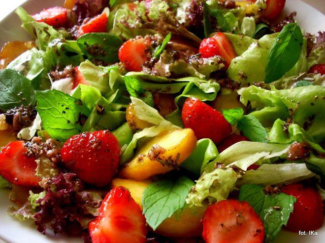 Smaczna Pyza: Sałatka z miętą i owocami