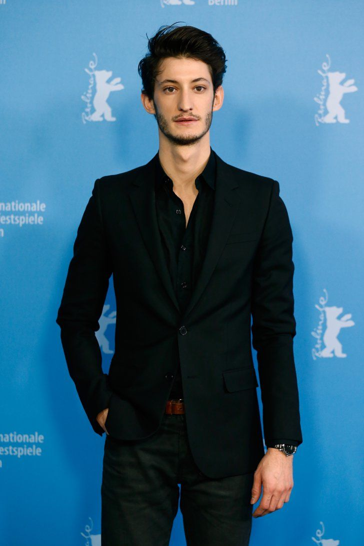 Pin for Later: Laissez Vous Envoûter Par le Regard de Pierre Niney