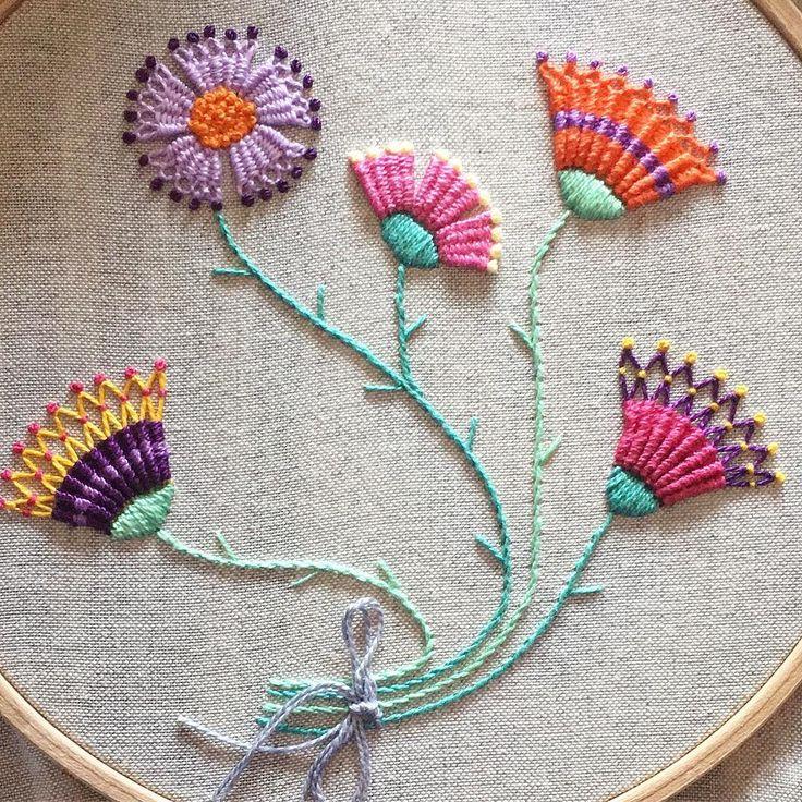 "206 Me gusta, 7 comentarios - Nuria Picos (@nuriapicos) en Instagram: ""Finished #needleweaving #bordado #embroidery #broderie #dmcthreads"""