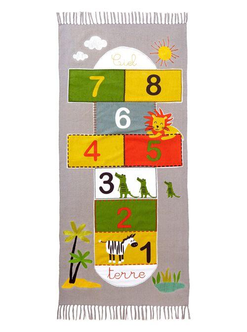 10 alfombras infantiles para jugar / 7- Alfombra infantil de juegos, tema Safari bus, en Vertbaudet