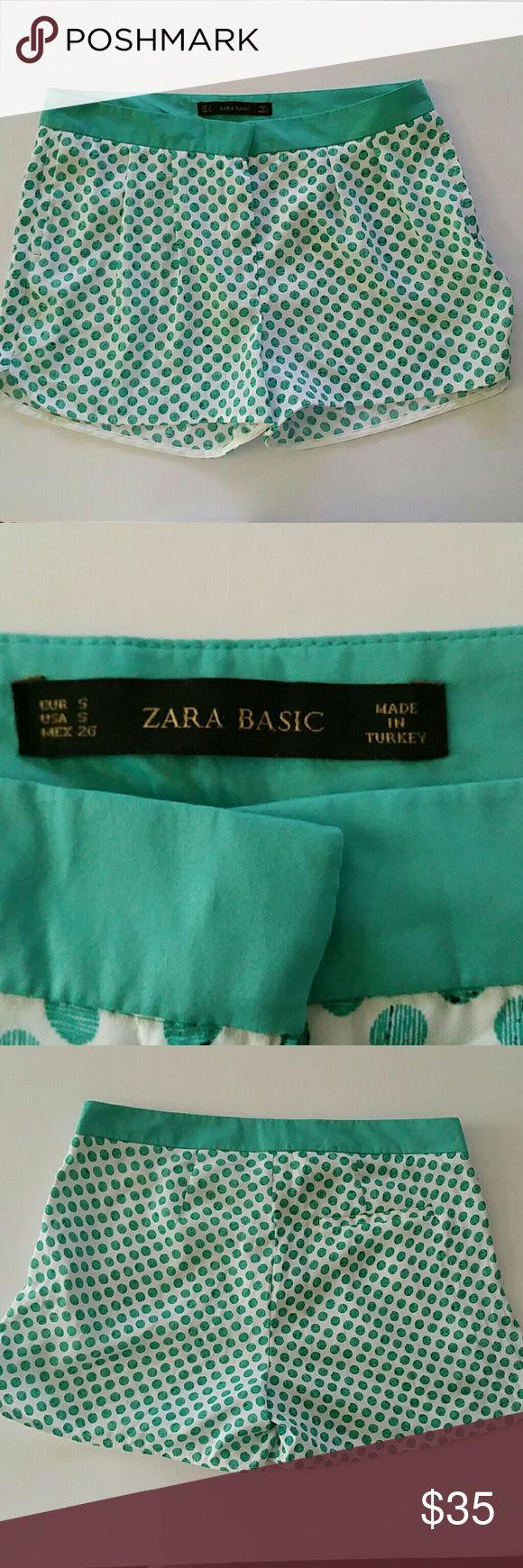 "Zara Basic Shorts Zara Basic women's shorts Waist 14.5"" Top to bottom 12"" Side pockets with a front zipper Zara Basic Shorts"