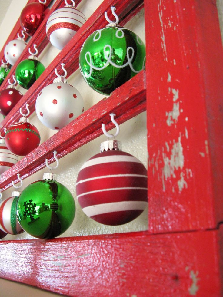 Great Ideas - - 20 AWE Inspiring Mantels & Christmas Decor!!..could also use old wooden coke boxes