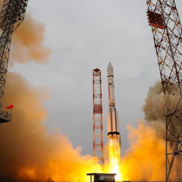 Τα κράτη-μέλη της Ευρωπαϊκής Διαστημικής Υπηρεσίας (ESA) επιβεβαίωσαν τη βούλησή τους για την υλοποίηση του δεύτερου σκέλους της αποστολής ExoMars, με την προσεδάφιση ενός ρομποτικού οχήματος στον Άρη το 2020.