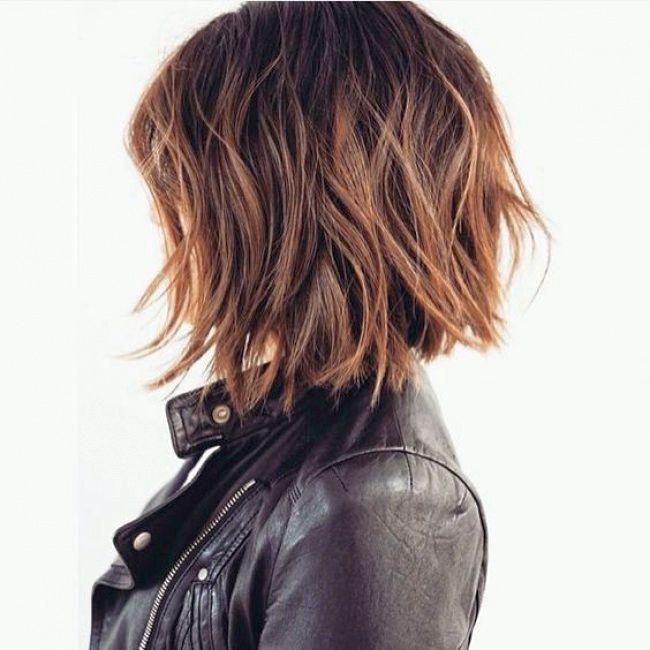 стрижка градуированный боб на средние волосы фото