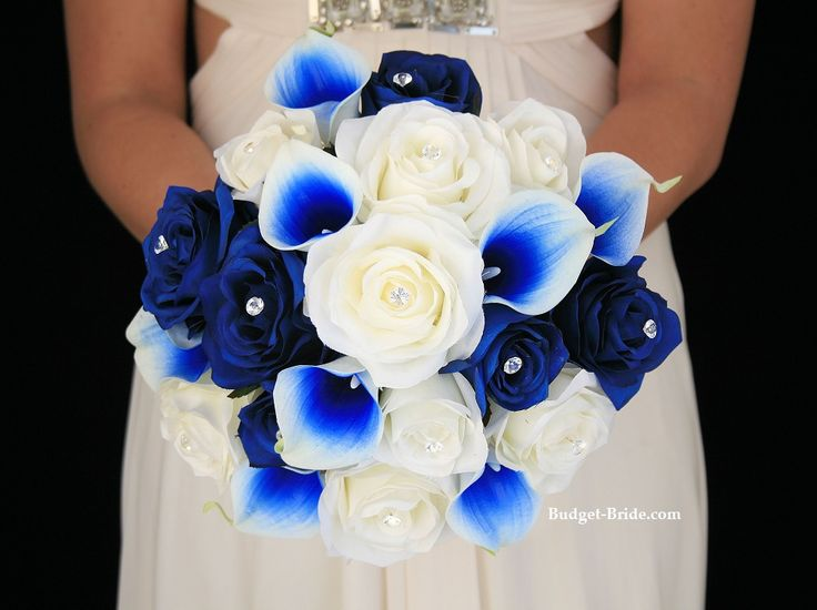 Blue wedding flowers with calla lily