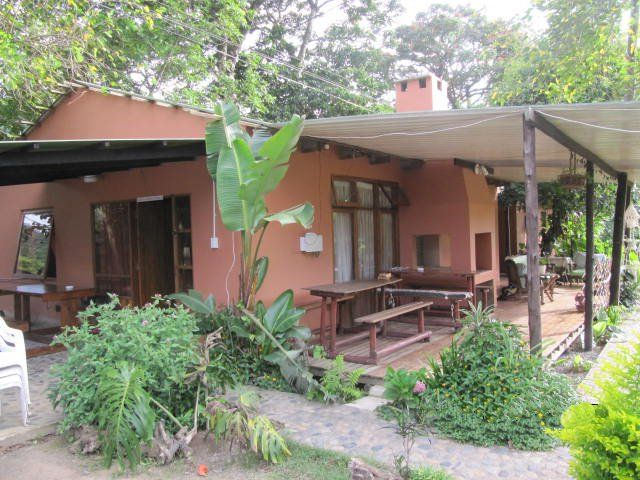 Mountain View Inn - Mountain View Inn is situated between the mighty Umzimvubu River and the Mount Thesiger, just 5 km from the sea.  The setting of Port St Johns is possibly the most dramatic in the country and the wildness ... #weekendgetaways #portstjohns #southafrica