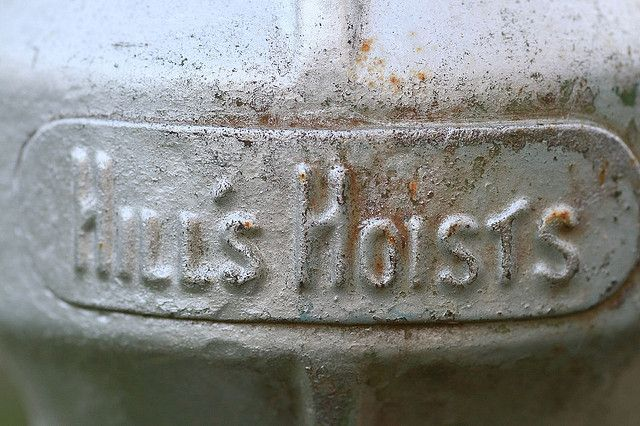 Hills Hoist 1 by Double You Ay Why, via Flickr • hills rotary clothes hoist