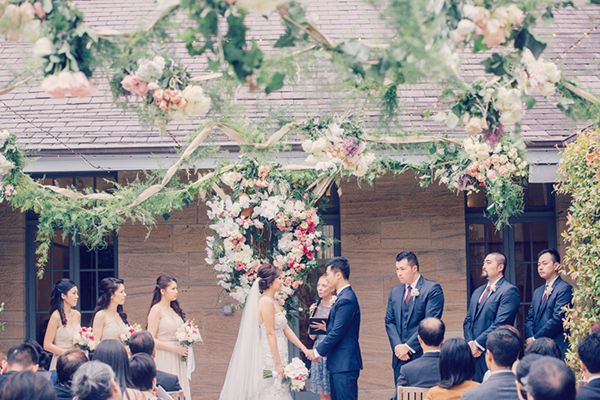 Peach Garden Wedding at the Gunner Barracks from Picture and Hearts Photography | Simply Peachy Wedding Blog