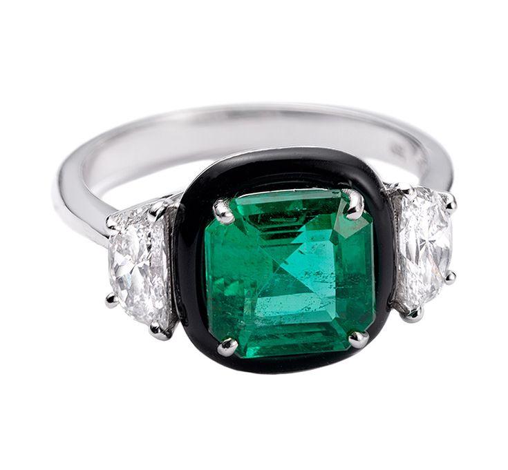 Emerald ring by Nikos Koulis