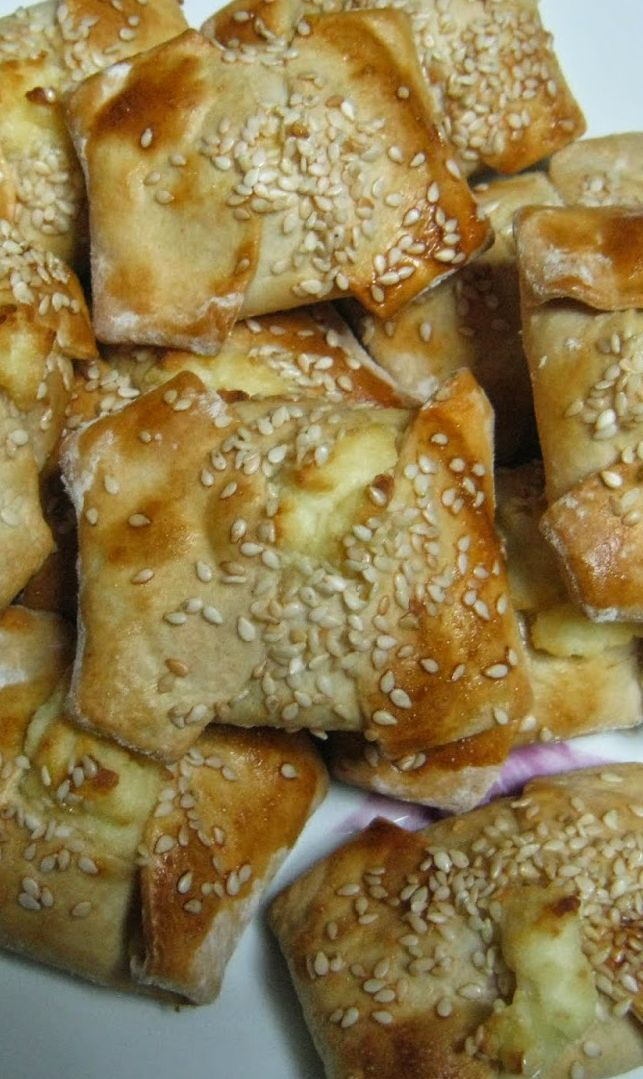 #Kalitsounia #recipe from the island of Crete!
