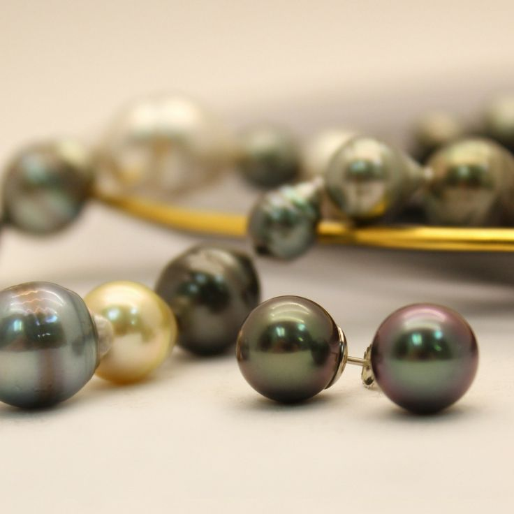 Stunning pearl necklace and earrings for that special evening out.
