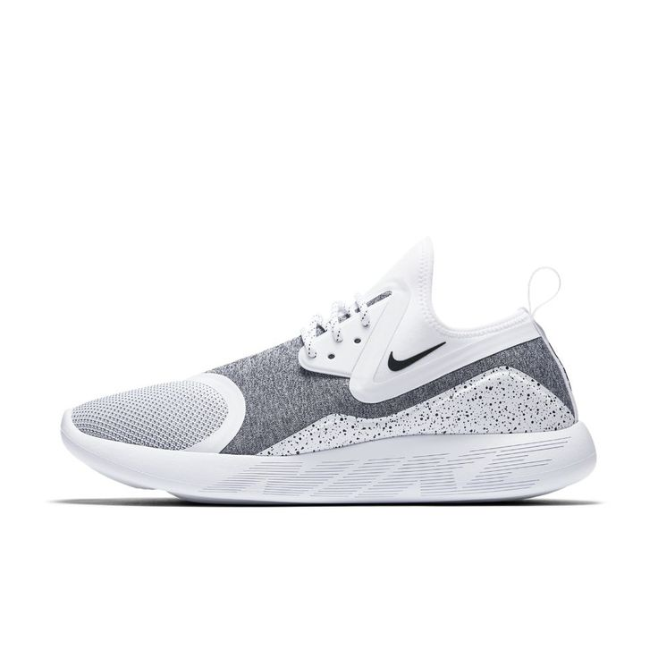 Nike LunarCharge Essential Men's Shoe Size 11.5 (White) - Clearance Sale
