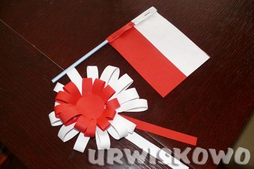 """Kotylion i flaga czyli krótka lekcja patriotyzmu. ~ """"URWISKOWO"""""""