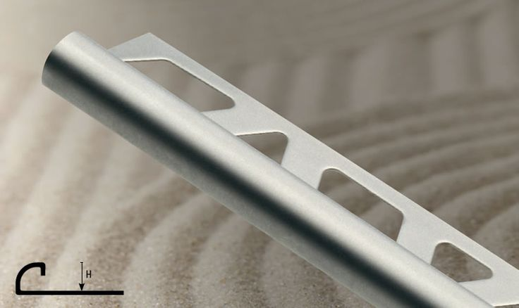 Roundjolly RJ-IX este un coltar semirotund realizat din inox satinat. De o eleganta aparte, profilul este ideal pentru faianta si gresie.