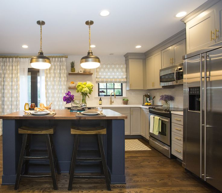 Renee & Charles' KITCHEN REVEAL   Buying & Selling