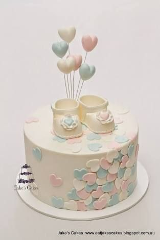 Resultado de imagen para tortas para  bautismo de nena de petalos