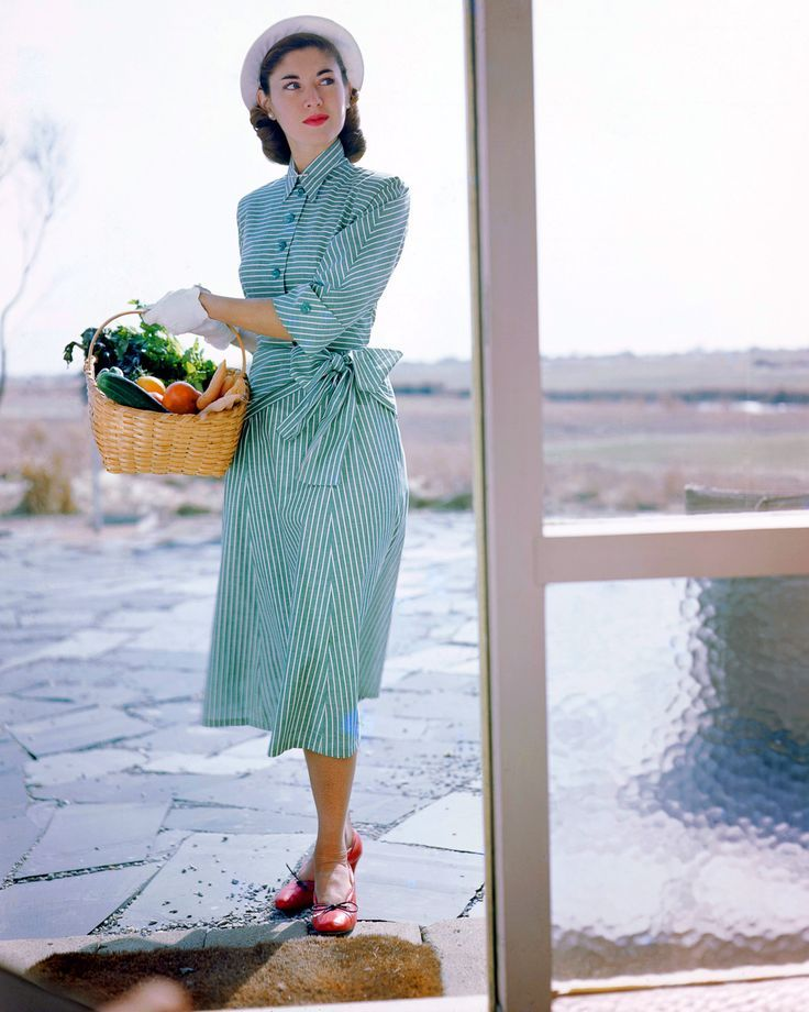 A protege of Berenice Abbott spent the postwar period creating stunning, vivid…