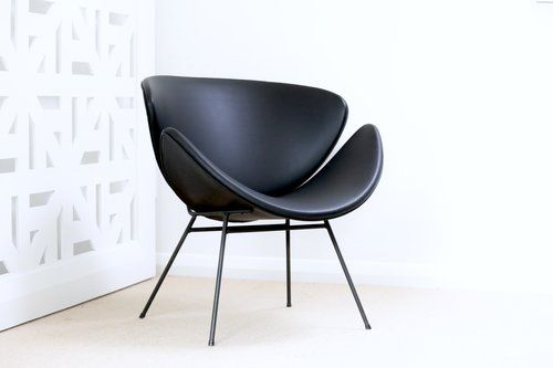 Retro Lip Chair. Black perforated vinyl.  | Furniture Upholstery in Taranaki, New Plymouth | Red Couch