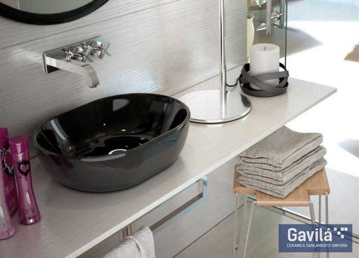 Los lavabos de colores oscuros como el negro imprimen elegancia en tu baño. Combinado con muebles elegantes y estilizados, tu baño moderno y de diseño tendrá ese je-ne-sais-quoi!  https://www.gavila.es/ind/tienda-online/producto/lavabo-negro-monaco-48/  #baño #lavabo #negro #diseño #arquitectura #Monaco48 #espectacular #Valencia #buenprecio