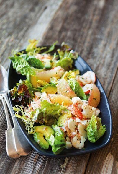 Lobster Salad from Williams Sonoma   10 Best Summer Salads http://blog.williams-sonoma.com/lobster-salad-with-grapefruit-avocado/?utm_source=feedburnerutm_medium=feedutm_campaign=Feed:+theblender-williams-sonoma+(The+Blender)