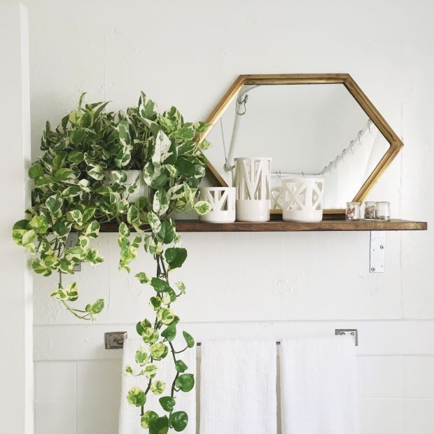 HOW TO FENG SHUI A BRIGHTER HOME (AND MOOD) USING MIRRORS