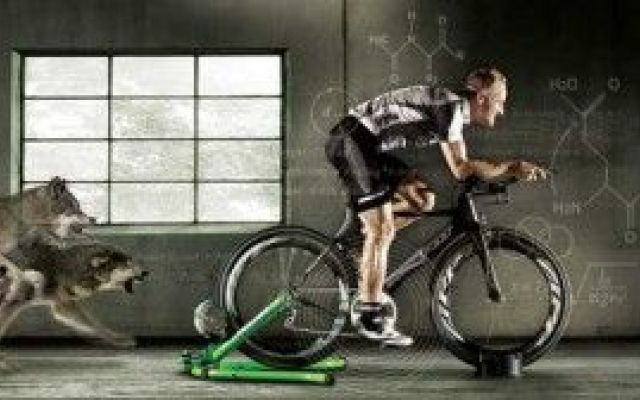 Ciclismo:pedalare indoor forse conviene #ciclismo #allenamento #pedalare