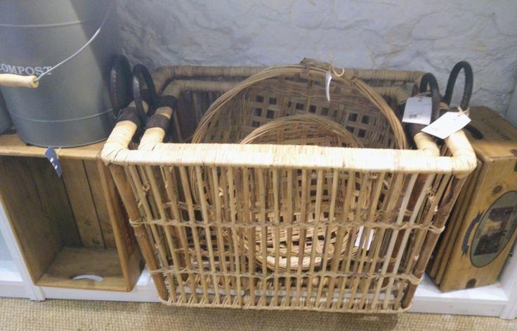 Galerie OSCAR http://galerieoscar.com/how-to-declutter-a-home/