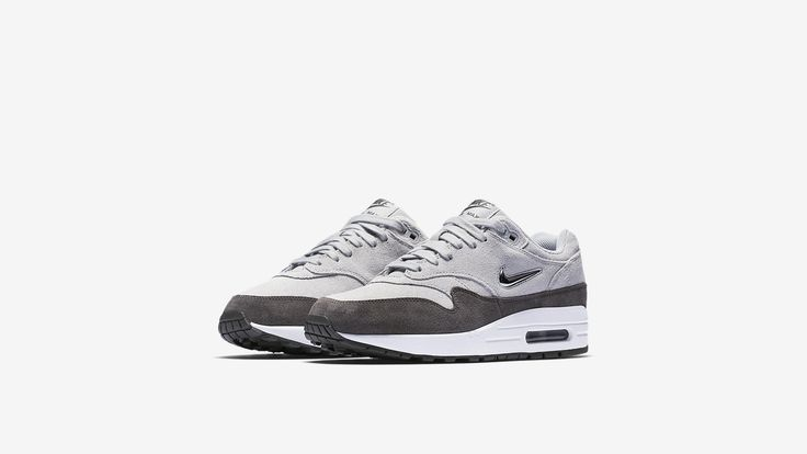 Nike Air Max 1 Jewel — Wolf Grey (Wmns)