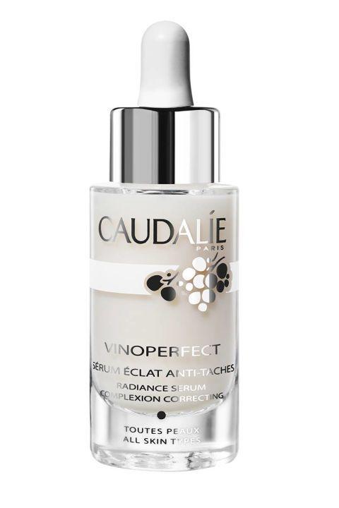 Cicatrices d'acné, au revoir pour toujours. Les 10 meilleurs produits pour vous aider à les éliminer et à obtenir une peau nette. Sérum Caudalie Vinoperfect Radiance, 79 $; nordstrom ….