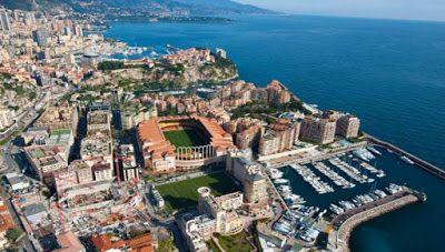 Τo παράξενο γήπεδο της Μονακό (φώτο)