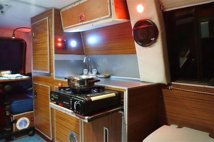 Mans DIY Micro Office and Camper Van 003 #Homeofficeideas