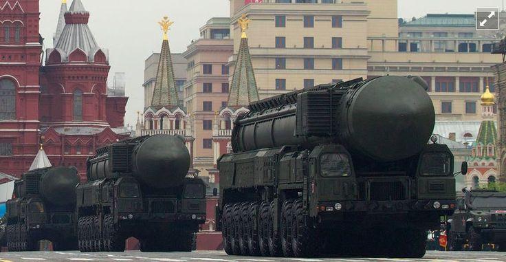 RS-24 Yars ICBMs on Parade (photo: AP / Ivan Sekretarev)