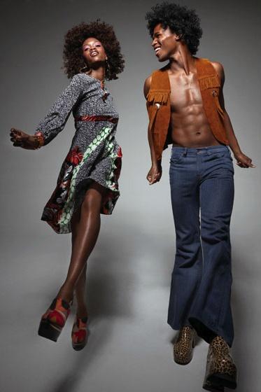 Soul Train Dancers.