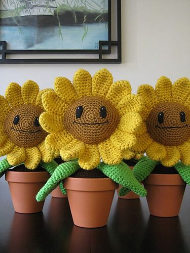 Ravelry: Sunflower Amigurumi Pattern pattern by Julianne Winter