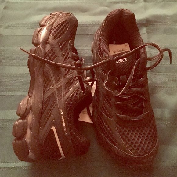 NWOT ASICS gel shoes Brand new. Lightweight. Comfy. asics Shoes Sneakers