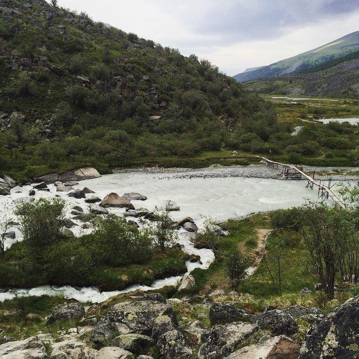 #Аккем #алтай #горы #мост #altay #mountains #instaaltay #river #bridge #rocks…
