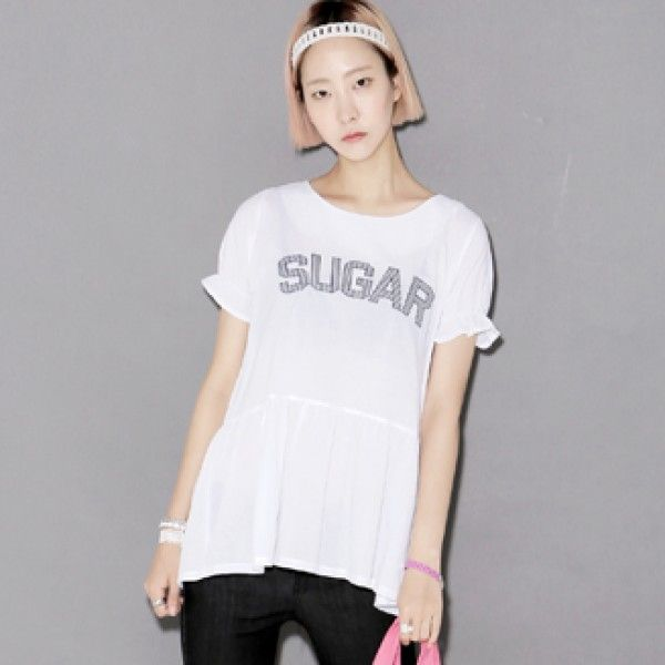 "Today's Hot Pick :SUGAR Flared T-Shirt http://fashionstylep.com/P0000ZDK/ju021026/out Sweeter than sugar, this tee packs all the saccharine sweetness! It has a crewneck, short puffed sleeves, front ""SUGAR""print, flare, and back zipper that will make your sweet tooth crave. Wear this top with pastel shorts and ballet flats."