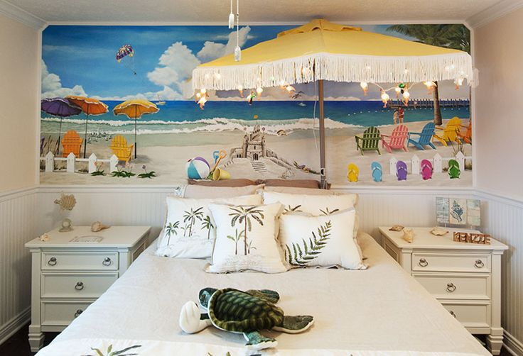 Beach Mural by Cindy Chinn