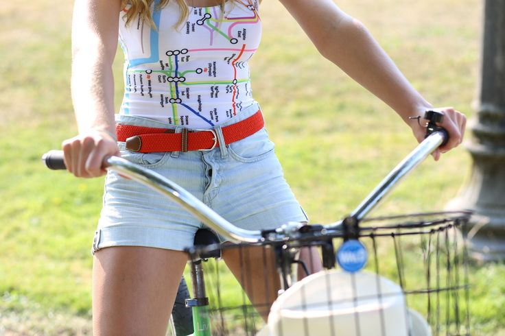 Wear your belt with style. On a bike or at a casual day at work, your Cynch matches every situation.  Color your life!