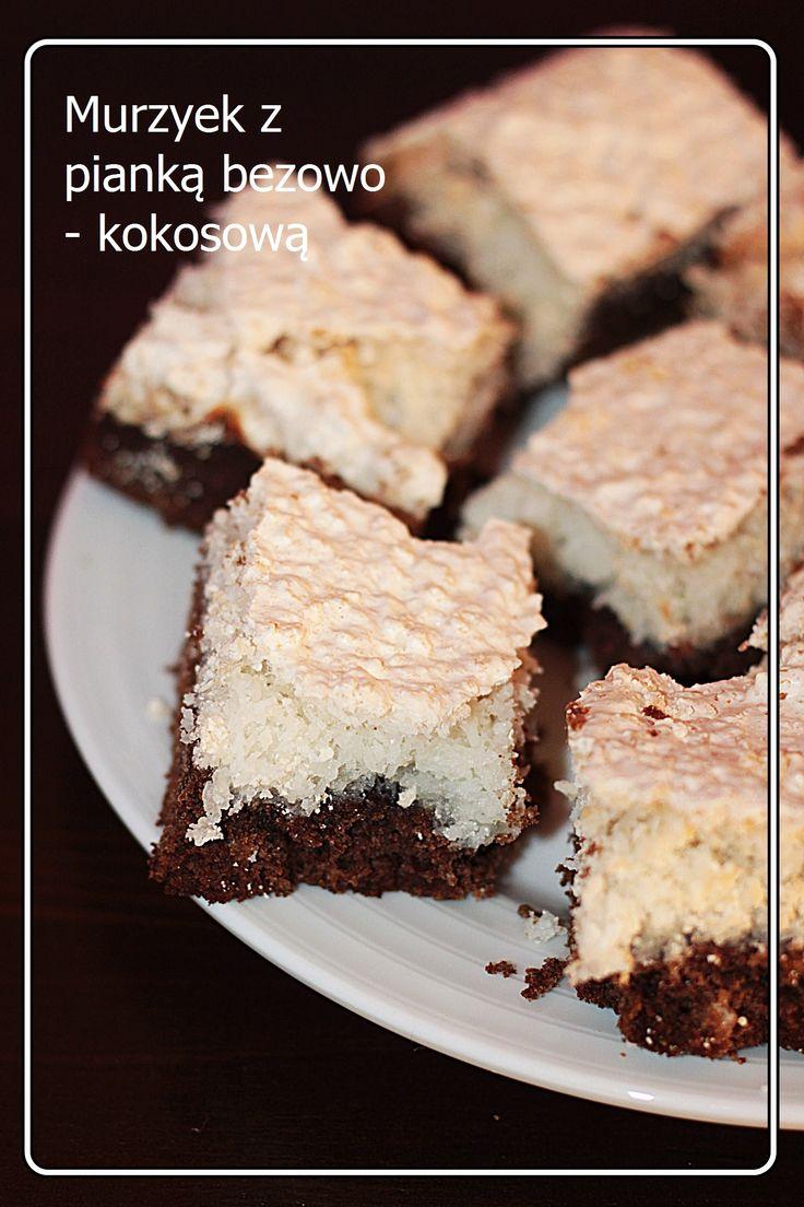 różowa kuchnia: murzynek z pianką bezowo-kokosową