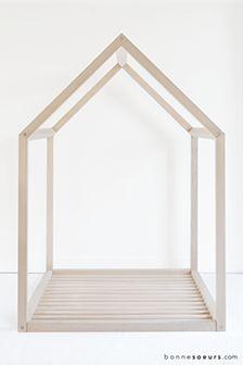 """bonnesoeurs design """"lit maison"""""""