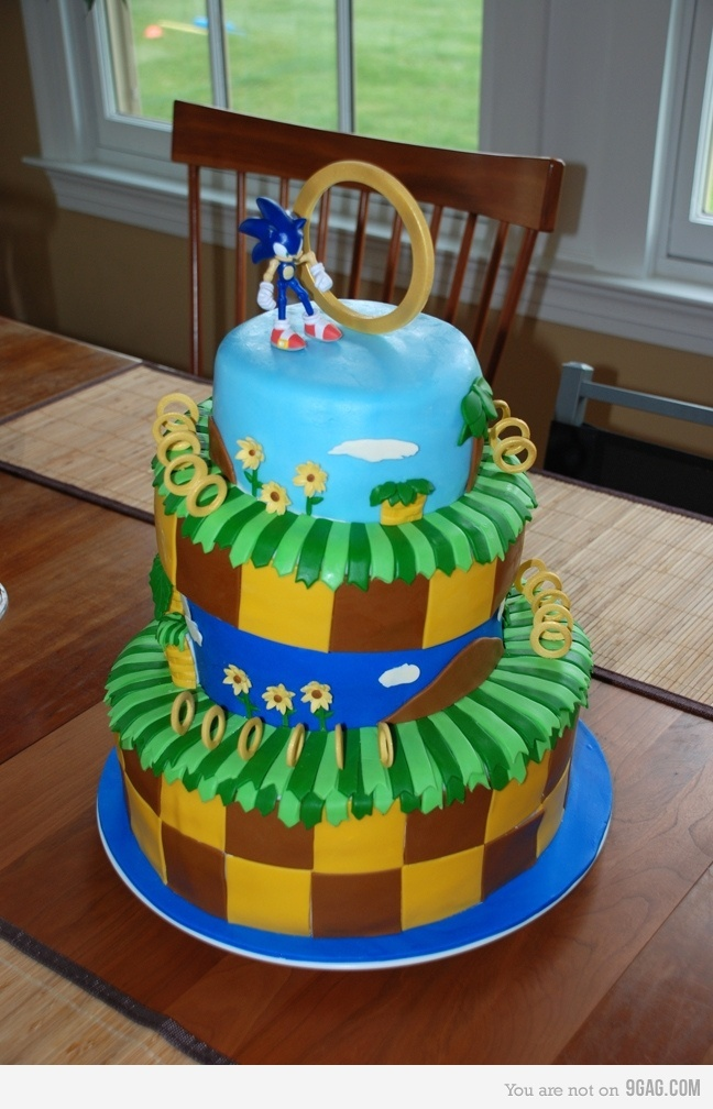 Sonic Cake. Deacon would love this!: Sonic Cakes, Cakes Ideas, Videos Games, Awesome Cakes, Boys Bday, Boys Birthday Cakes, The Hedgehogs Cakes, Sonic The Hedgehog, Kids Birthday Cakes