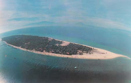 Pulau Gili Ketapang, Probolinggo, Jawa Timur