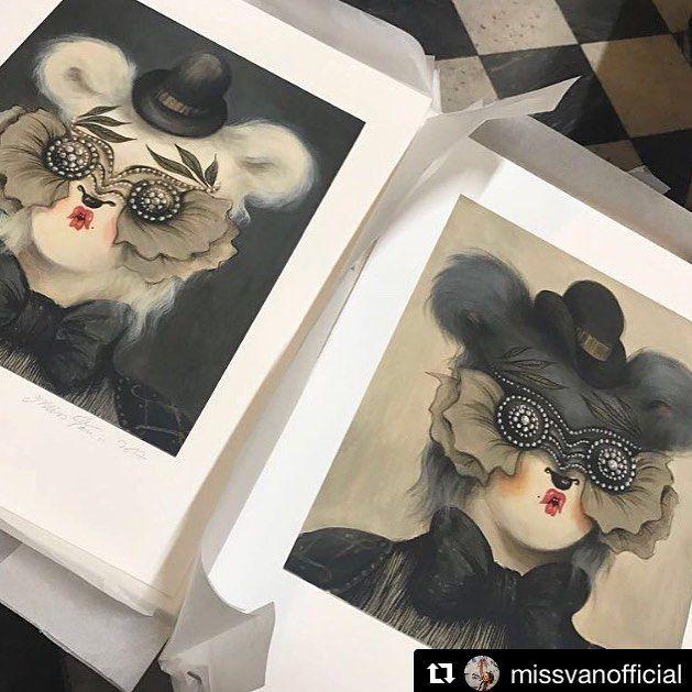OhLord III & OhLord IV edición limitada (60) en #giclée de Miss Van impresas en St Cuthberts Mill Somerset Velvet Enhaced 255gsm disponibles en la tienda online de Vanessa Alice ✨http://www.missvan.com/store✨ gracias Vanessa 😘 #missvan #gicleeprint #limitededition #limitededition #prints #gicleeprints #giclee #artprint #daily_art #fineartprints #giclee #gicleefineprint #somerset #somersetvelvet #graficartprints #gap #digitalart #gicleefineart #art #draw #instaartist #artsy #instaart…