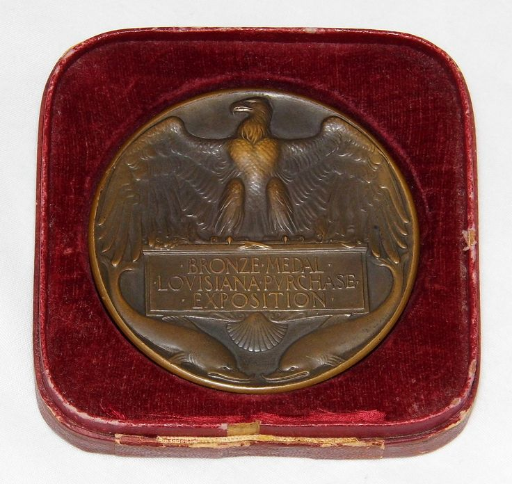 https://flic.kr/p/SfdoFL | Antique Bronze Medal (Reverse) From The 1904 Louisiana Purchase Exposition Held In St. Louis, Missouri, Designed By Adolph A. Weinman And Struck By The U.S. Mint At Philadelphia, 2.5 Inches In Diameter | 10,000 of these bronze medals were struck by the United States Mint at Philadelphia.