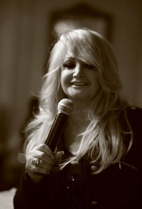 Bonnie Tyler in Paris on May 30th 2013 at the hotel #bonnietyler #gaynorsullivan #gaynorhopkins #thequeenbonnietyler #therockingqueen #rockingqueen #music #rock #2013 #bonnietylerfrance #france #paris